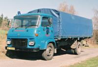 1985. AVIE 30L LEHKÝ NÁKLADNÍ AUTOMOBIL S PLACHTOU