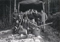 """Brigáda vlese na """"Obrázkové cestě"""" na Podhájí vříjnu 2013. Výsledky práce, které opravdu zahřejí"""